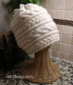 Cashmere Undyed Hat, Irene & Mr.Sheep
