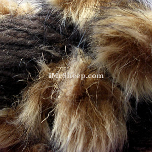 KATIA EVITA MERINO [70% Virgin Merino Wool, 30% Synthetic Fur], Wool-Faux Fur Mix, col 31 Brown