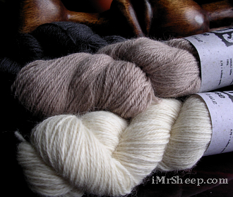 Baa Ram Ewe TITUS [70% British Wool, 30% UK Alpaca], Sport /Light DK